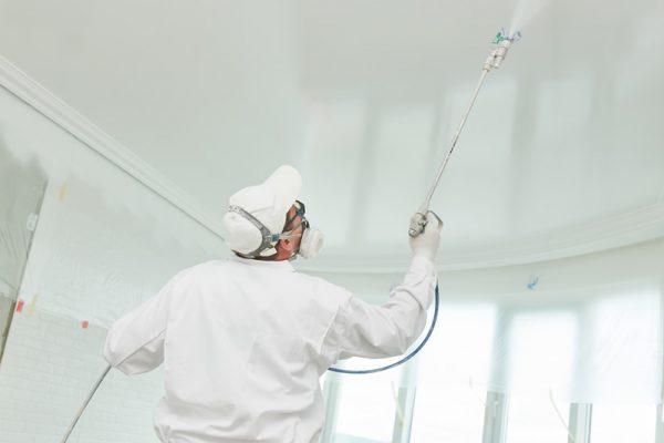 popcorn-ceiling-spraying